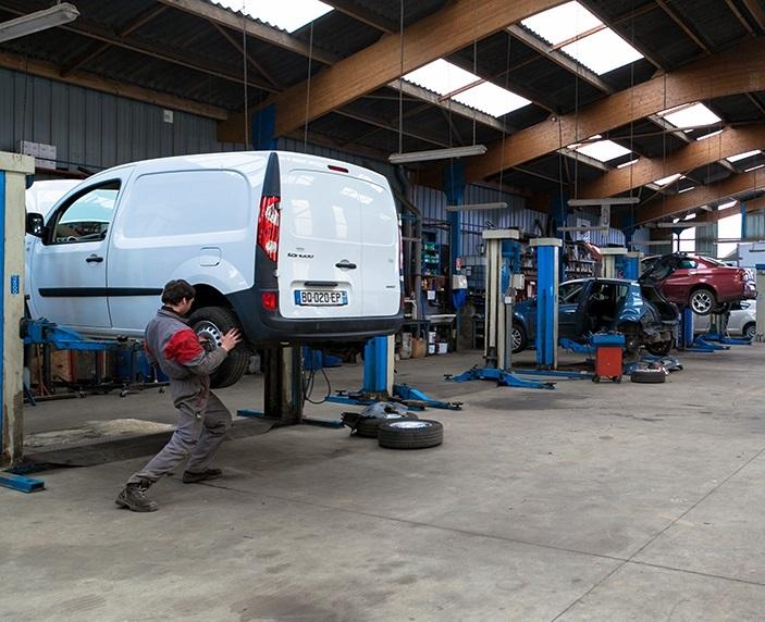 Atelier de réparation - Entretien, réparation et carrosserie